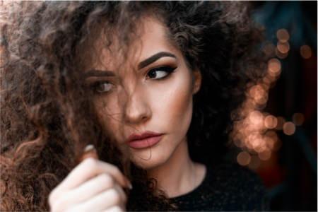 Olejki w pielęgnacji włosów — must have dla Ciebie