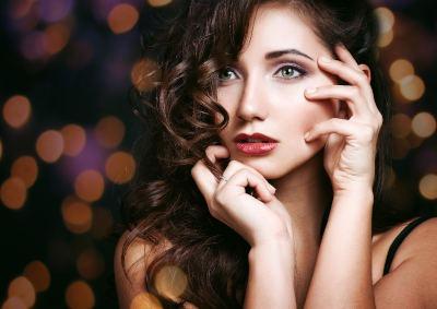 Makijaż na imprezę andrzejkową - co potrzebujesz?